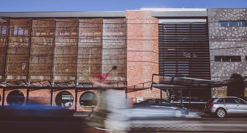 Arquitectura_biblioteca_bargoonga-njanjin_portada