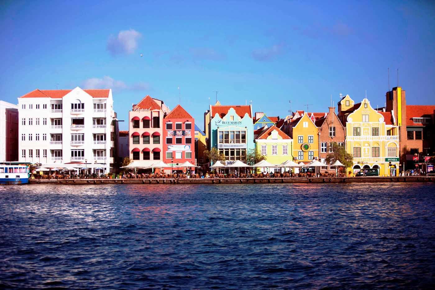 Arquitectura_holandesa_en_el_caribe_000