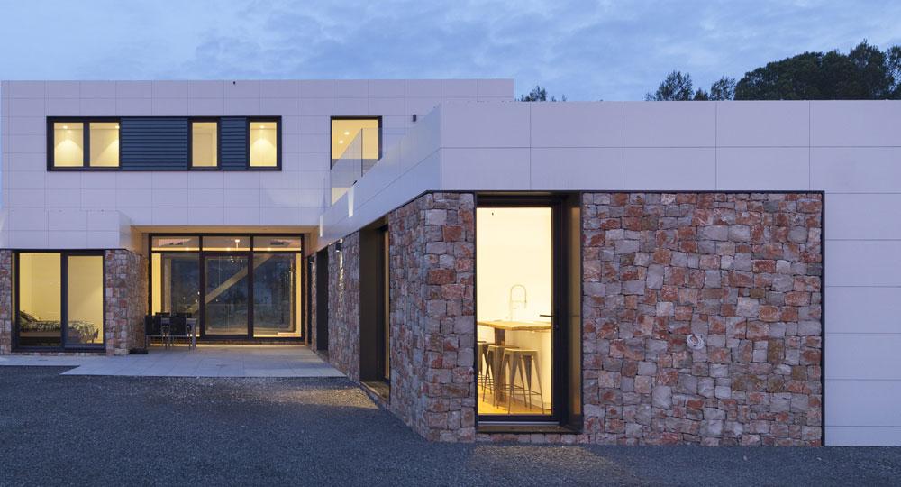Arquitectura_inhaus_navarcles_portada