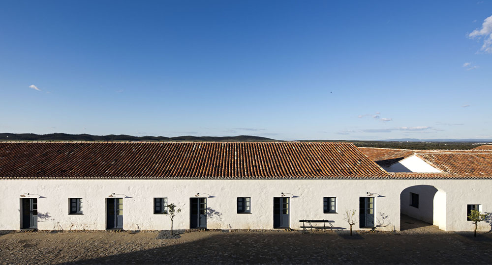 Arquitectura_san_lorenzo_barrocal_souto_de_moura_0