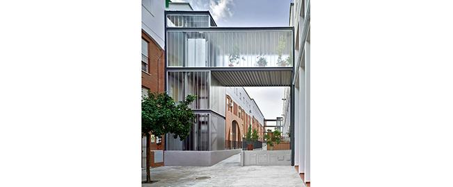Intervención en espacios comunes de edificios plurifamiliares de promoción pública. Lebrija (Sevilla)