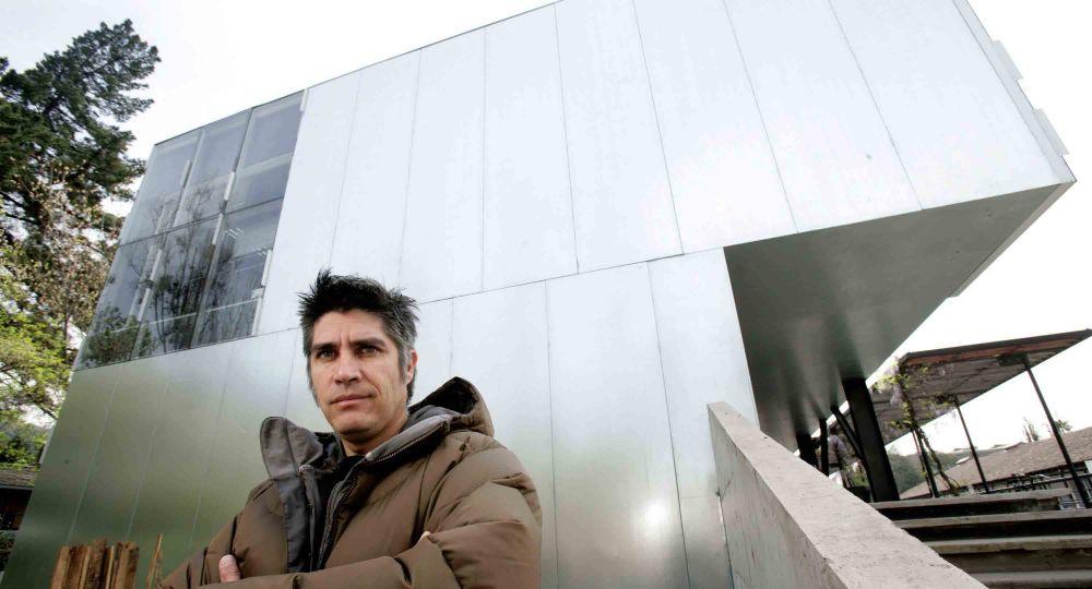 Arquitecto alejandro aravena premio pritzker 2016 for Alejandro aravena arquitecto