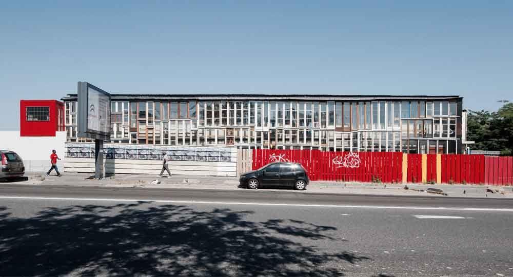La Passerelle de Saint-Denis: Arquitectura de Colaboración y Cohabitación