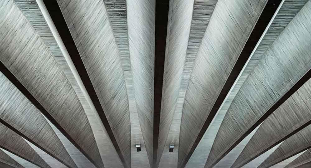 Sede de la UNESCO en París, recordando la arquitectura de Marcel Breuer