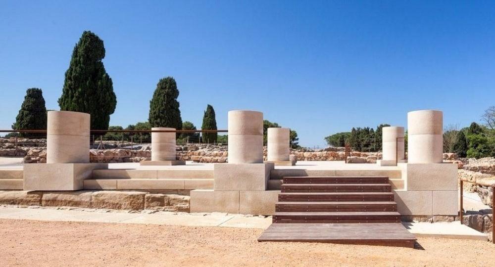 Comprender la ruina. Musealización de la Estoa de Ampurias, por Fortià Arquitectes