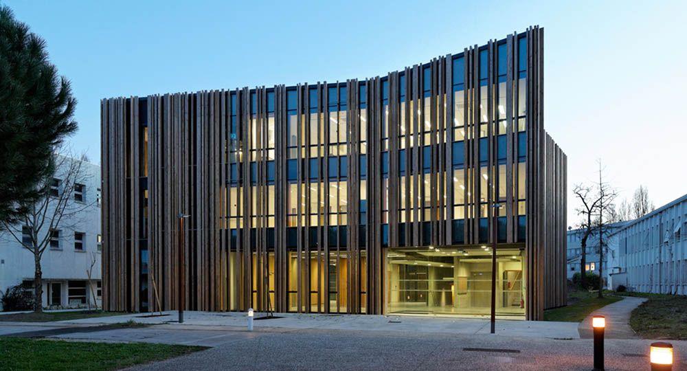 Institut Forêt - Bois - Papier. La arquitectura de Patrick Arotcharen.