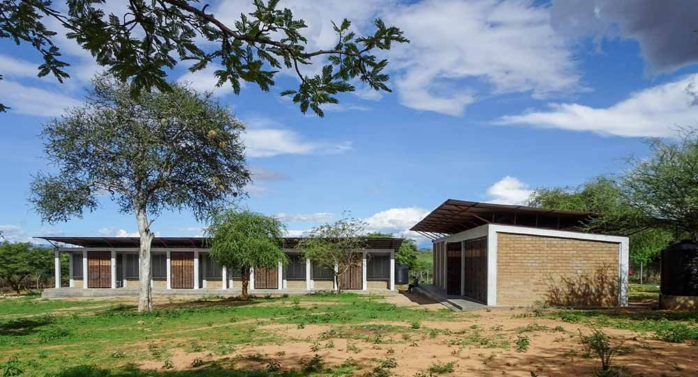 Asilong Christian High School, un complejo educativo sostenible en Kenia. BNIM