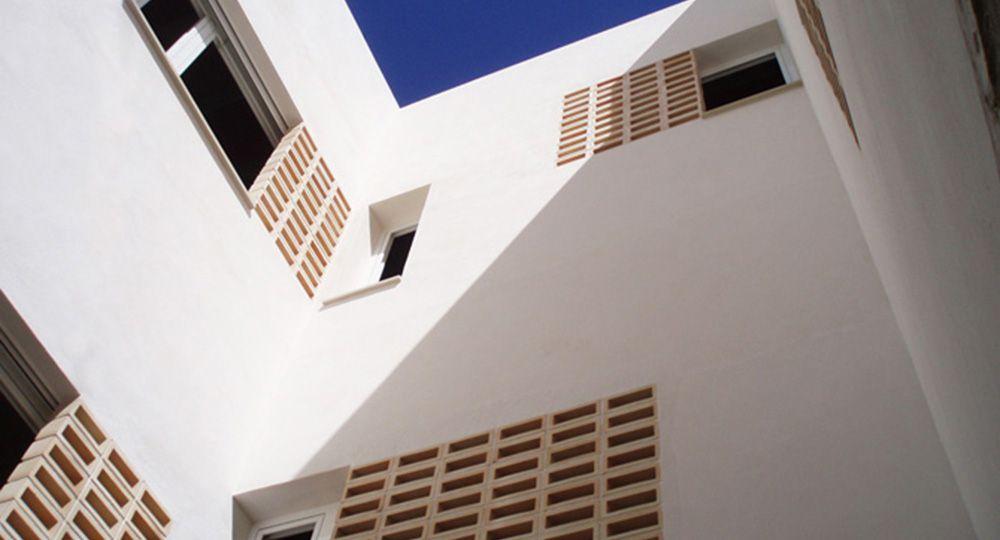 Edificio San Pedro, Santa Pola, Alicante. Briq Arquitectos.