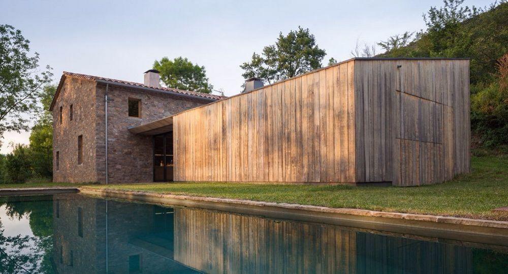 La arquitectura vernácula frente a la modernidad: la masía Can Calau