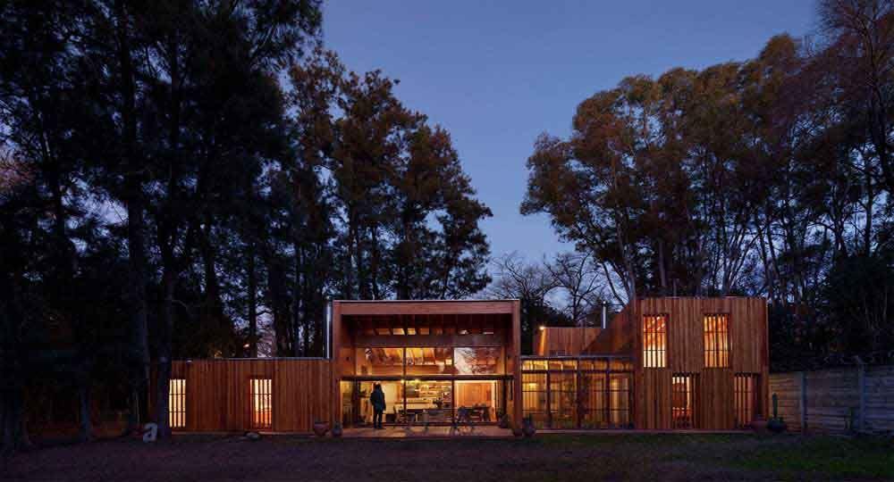 """""""Casa AA """", Buenos Aires Argentina, Proyecto ganador del Premio Arquitectura Jalisco 2018 en la categoría de casa habitación"""