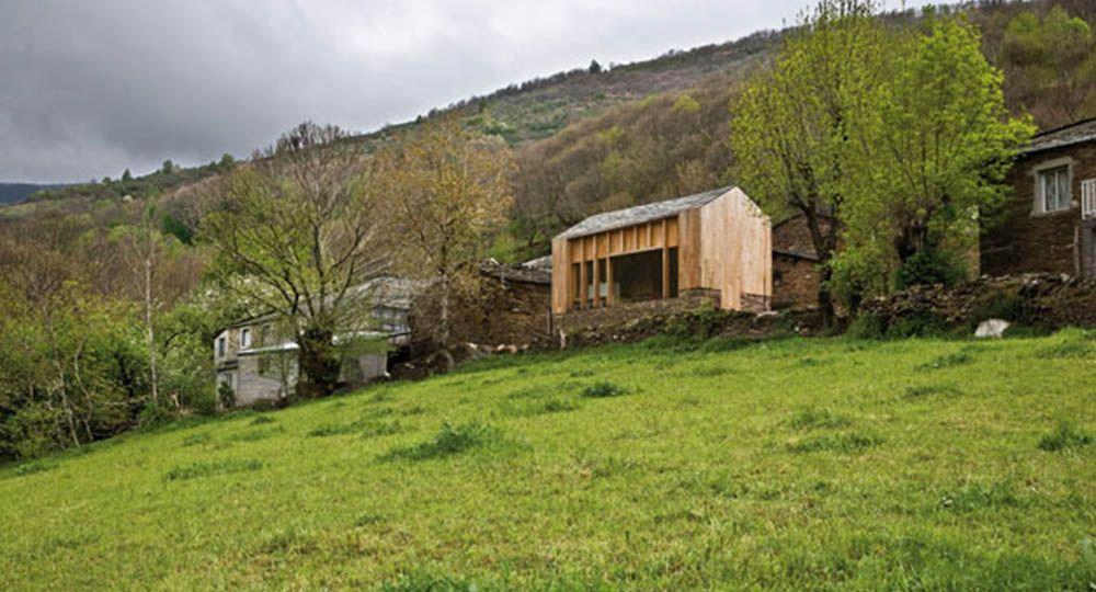 Arquitectura rural y lenguaje contemporáneo: Casa Baltanás en Paderne, de Carlos Quintáns Eiras.