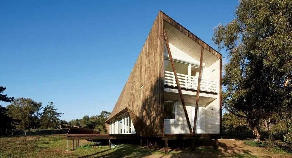 Arquitectura facetada. Casa Dos Pieles de Verónica Arcos