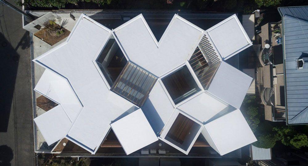 Arquitectura geométrica: un laberinto de rombos