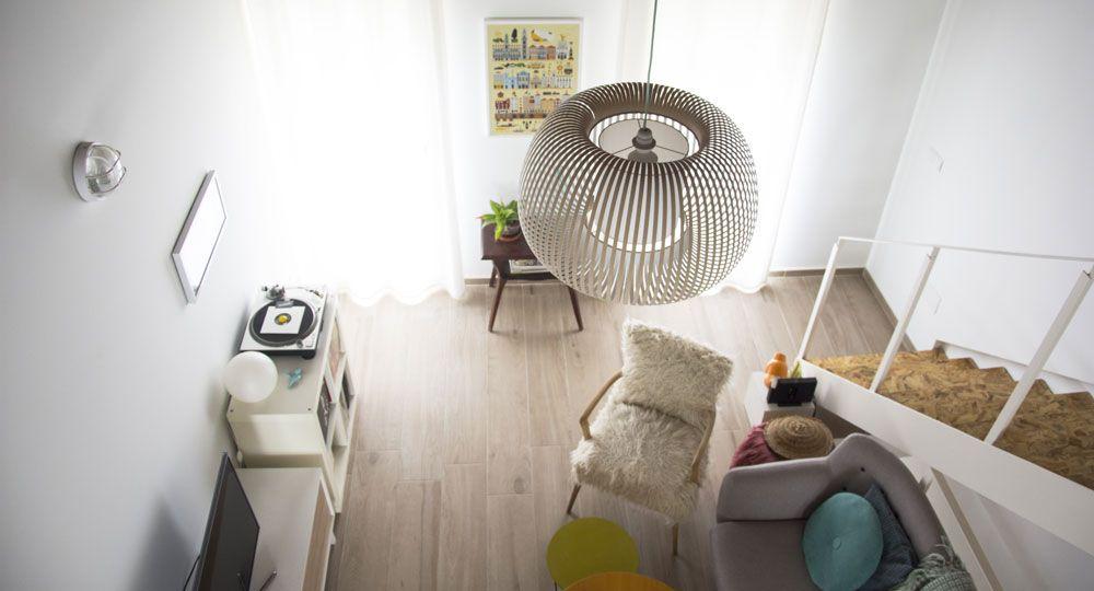 Casa LD: materiales duraderos, composiciones atemporales y texturas crudas