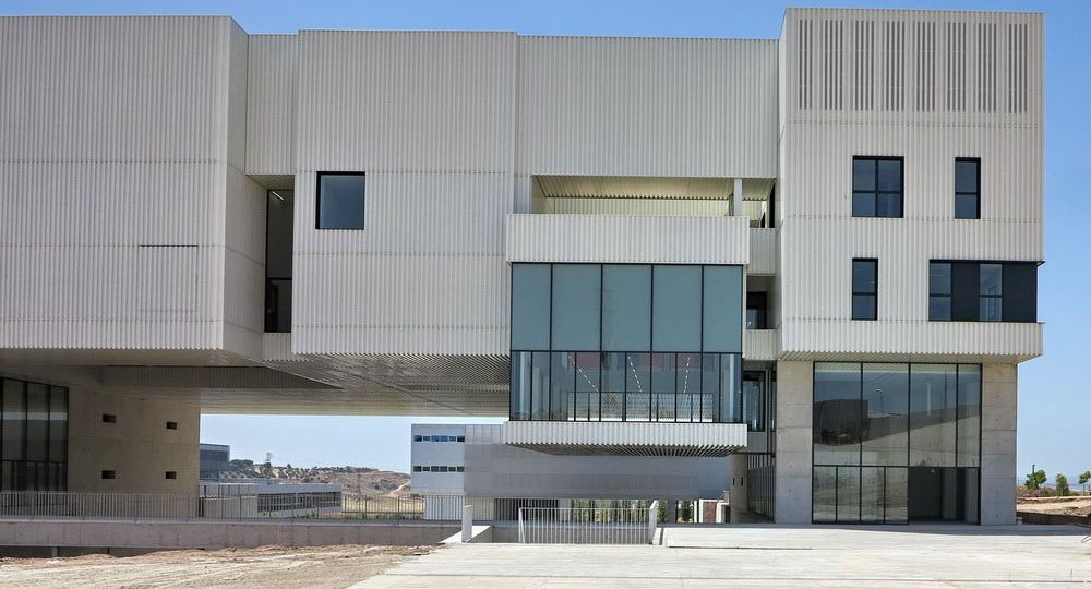 Transferencia del Conocimiento y Servicios Generales del Campus de Linares de Cayuelas arquitectos