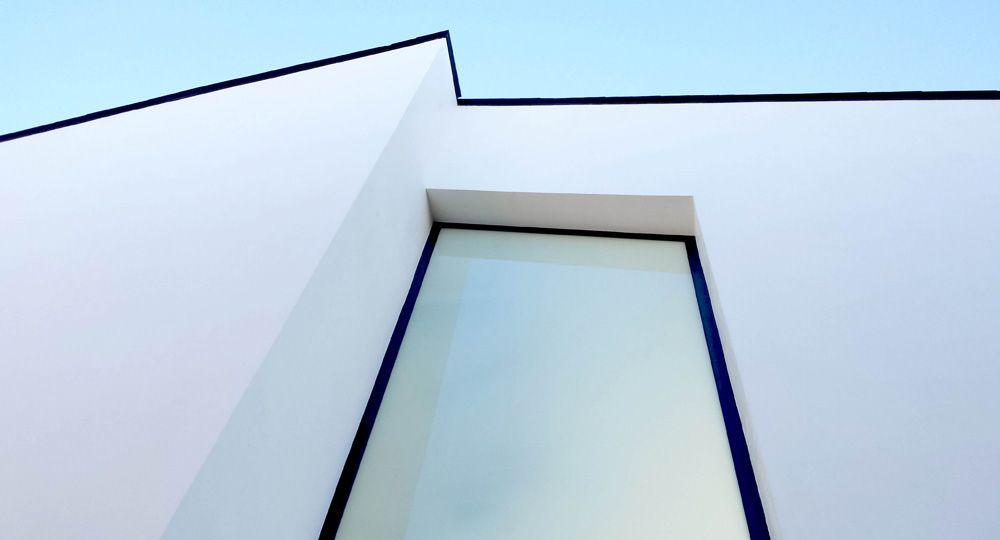Deeb es un proyecto de vivienda sostenible del estudio Chiralt Arquitectos que incorpora la tecnología CHE®