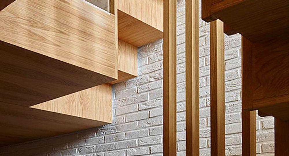 Cómo bañar de luz un espacio angosto de 4 niveles: Modern Mews, de Coffey Architects.