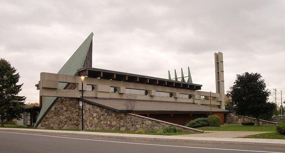 Volumen y forma: la arquitectura religiosa de Roger D'Astous