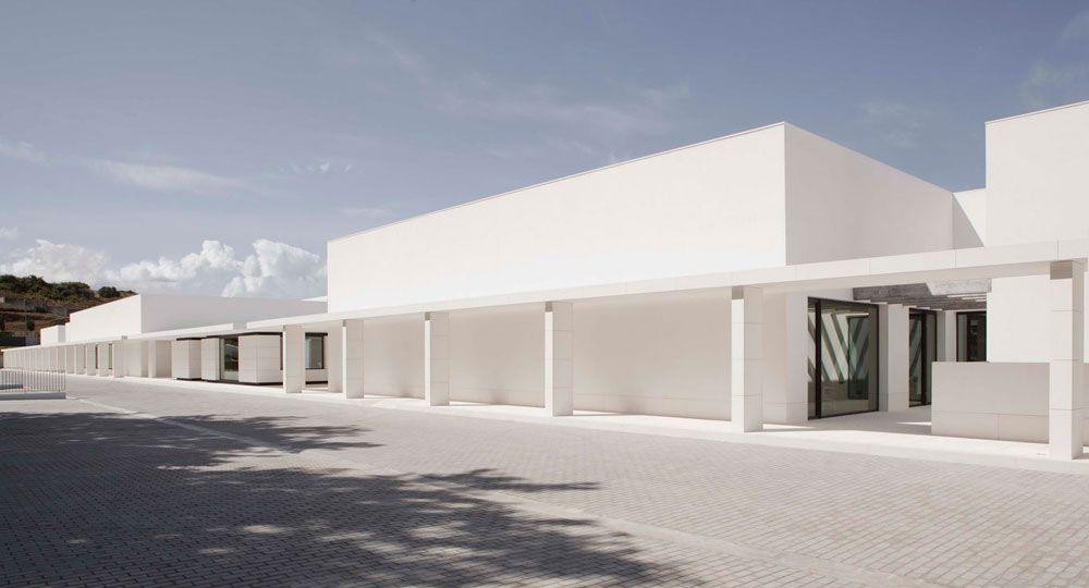 Elsa Urquijo Architects. Universo Zara y mucho más.