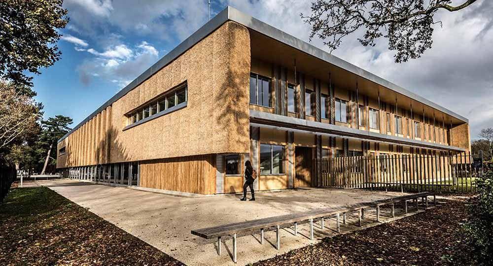 Arquitectura sostenible: Centro Empresarial de la Universidad de East Anglia, Reino Unido. Architype.