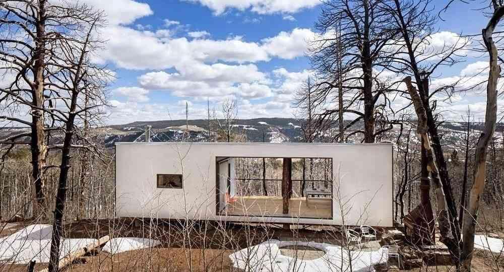 Arquitectura que renace de sus cenizas. Cabaña en Wyoming, por CLB Architects