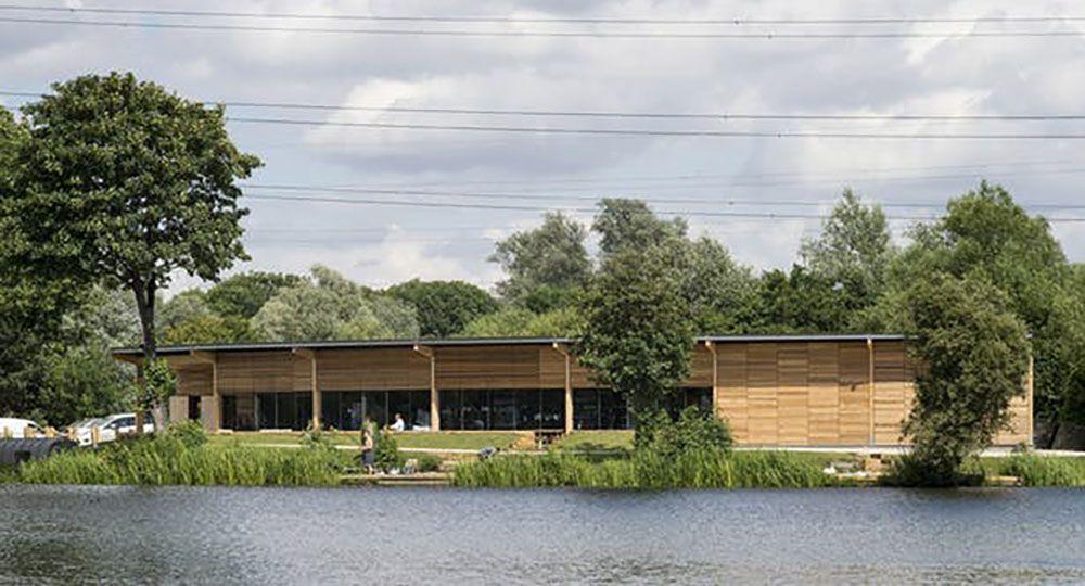 Arquitectura modular de madera. Pabellón de pesca en Falows Lake, WG + P Architects.