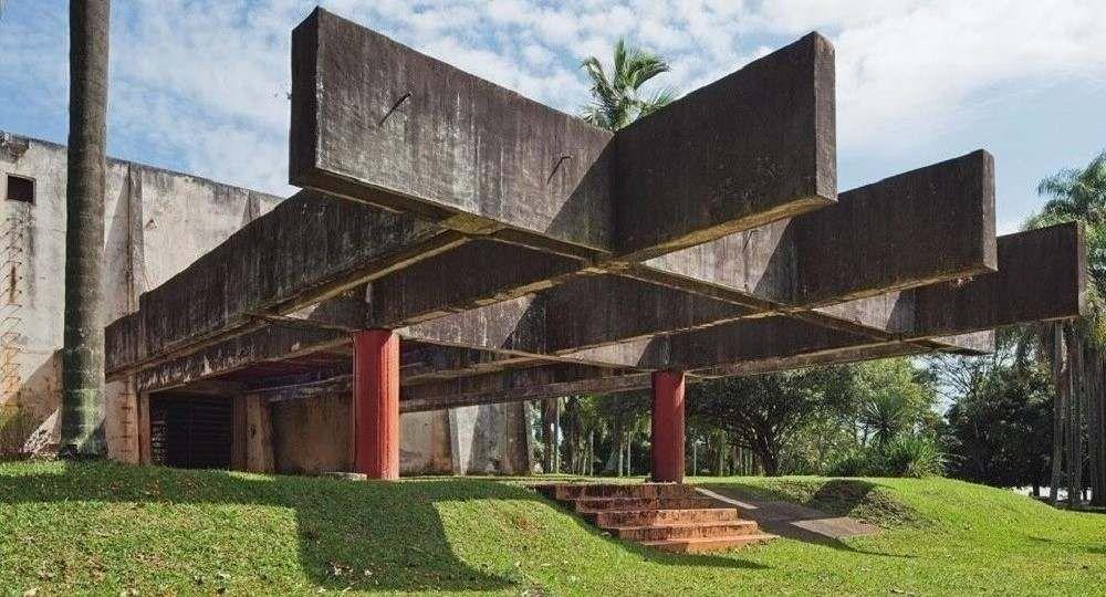 Arquitectura, performance y controversia: Flávio de Carvalho