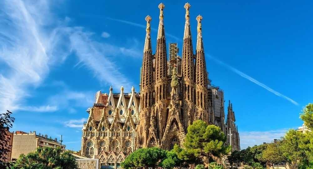 Resultado de imagen para Fotos del Templo Expiatorio de la Sagrada Familia de Gaudí