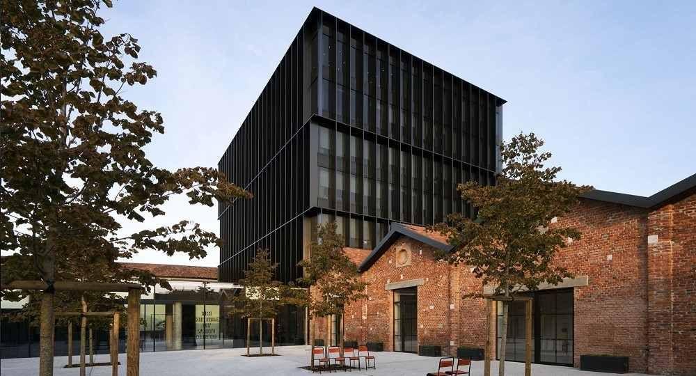 Arquitectura al servicio de la moda: sede Gucci en Milán, por Piuarch