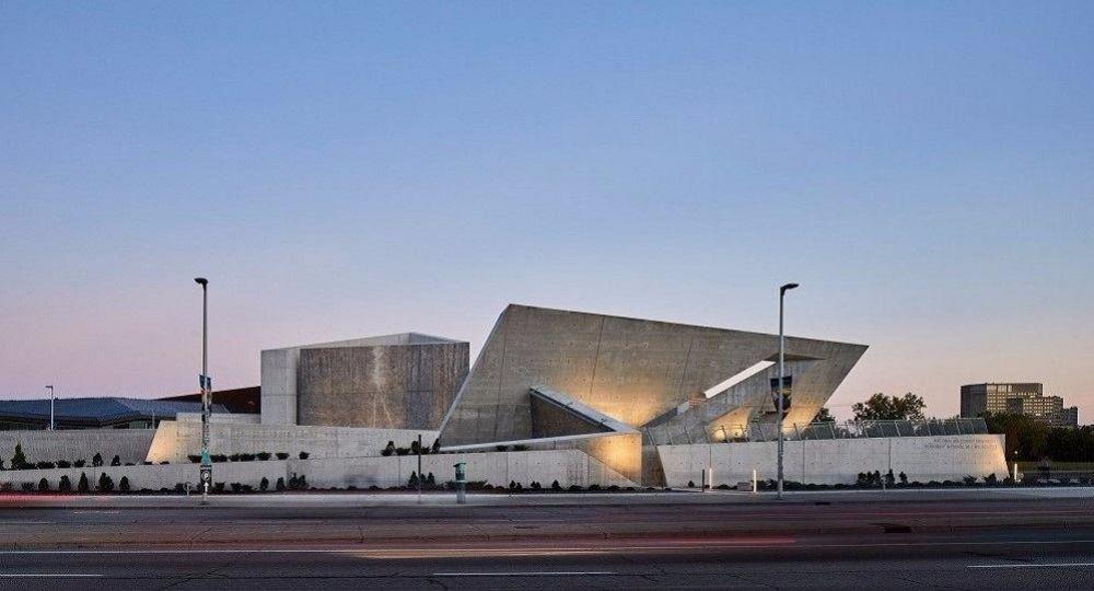 Arquitectura para el recuerdo. Monumento al Holocausto en Ottawa, por Libeskind