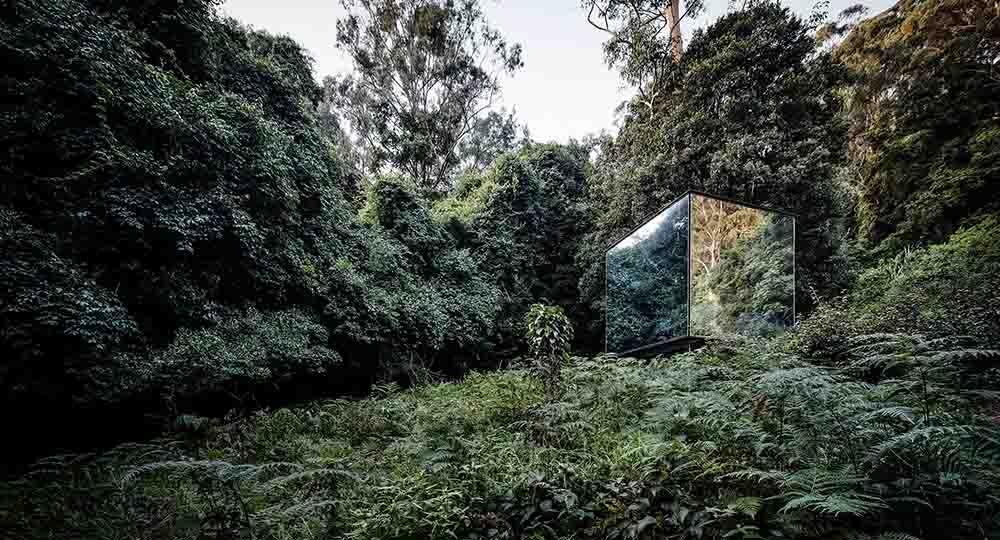 Kangaroo Valley Outhouse, un baño singular en plena naturaleza. Madeleine Blanchfield Architects