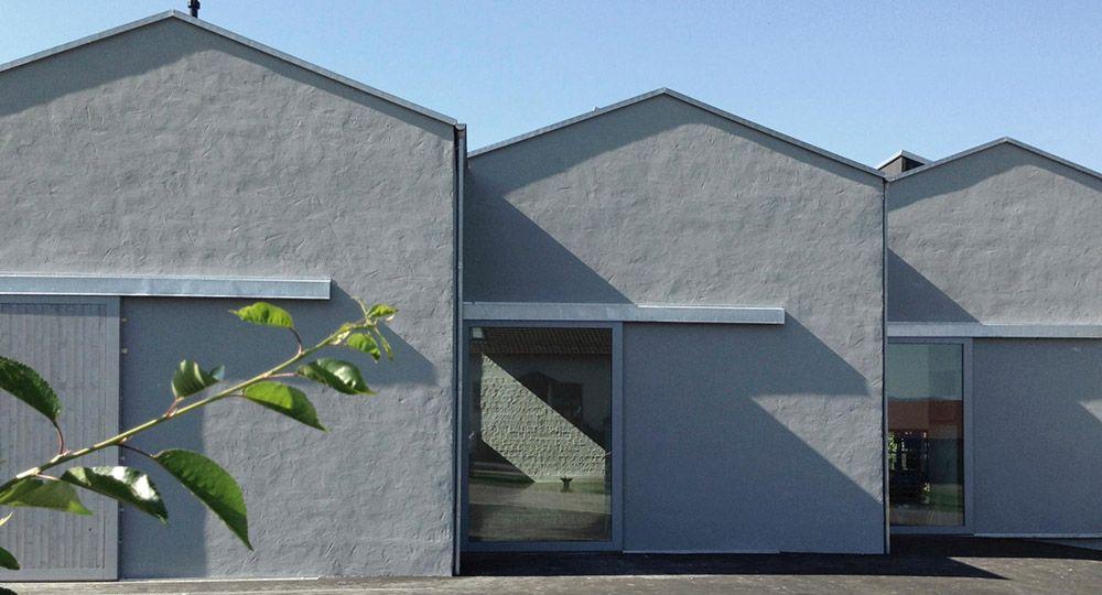 Nuevo taller, estudio y almacén para el artista Peter Lang en GleiBenberg, Alemania. Florian Nagler Architekten