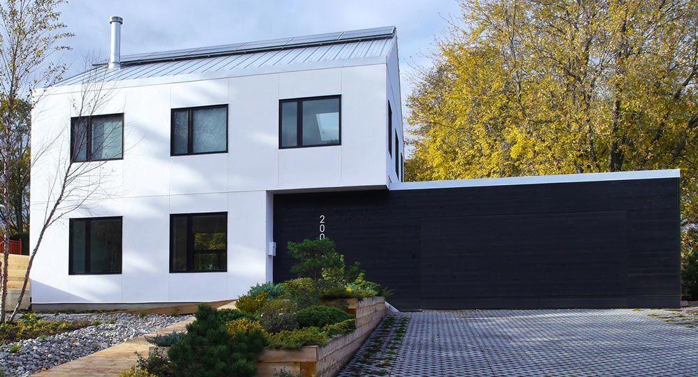 K-House, arquitectura contemporánea con fardos de paja