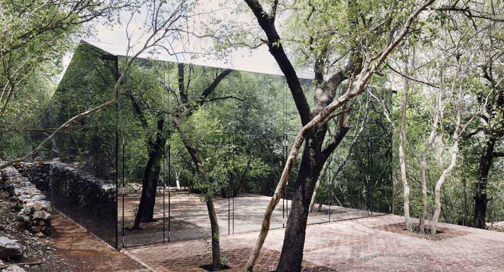 La arquitectura secreta de Los Terrenos, un proyecto de Tatiana Bilbao