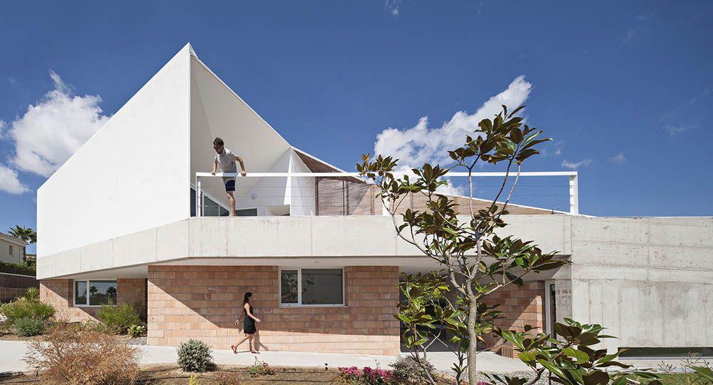 Residencias veraniegas de calidad y bajo coste. La Casa de Los Vientos, Cádiz. José Luis Muñoz arquitecto.