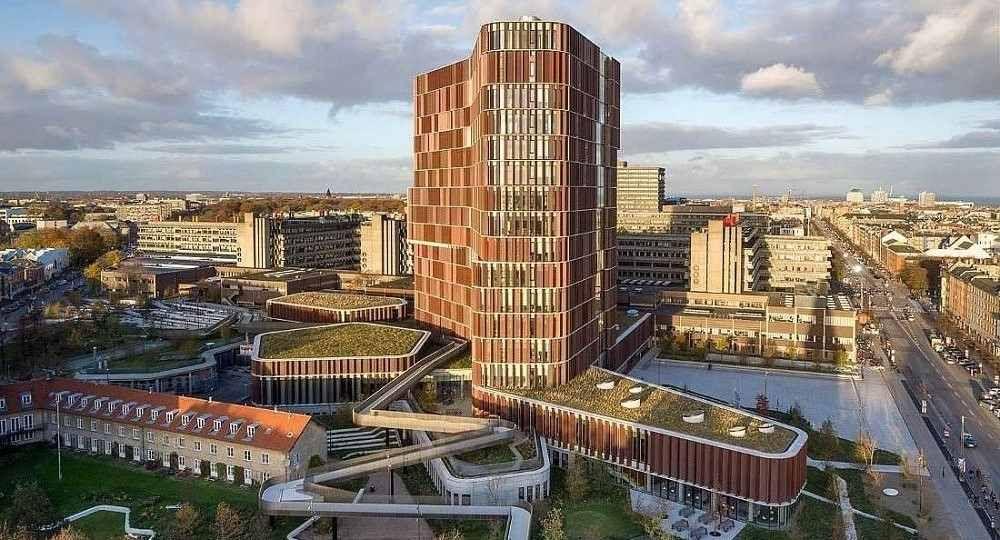 Piel de cobre: Torre Maersk en Copenhague, de C. F. Møller Architects