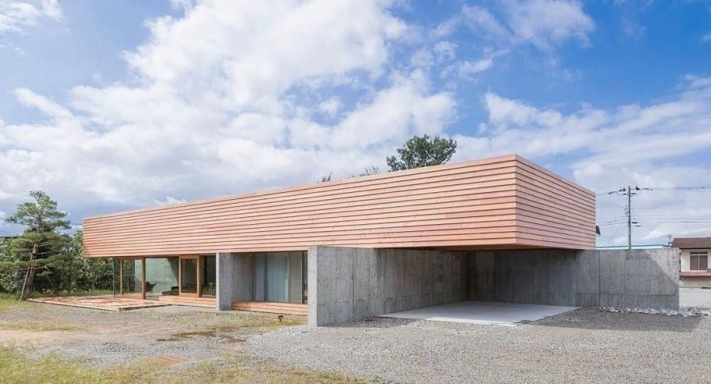 Casa con vistas hacia el Tateyama, de Mount Fuji Architects Studio