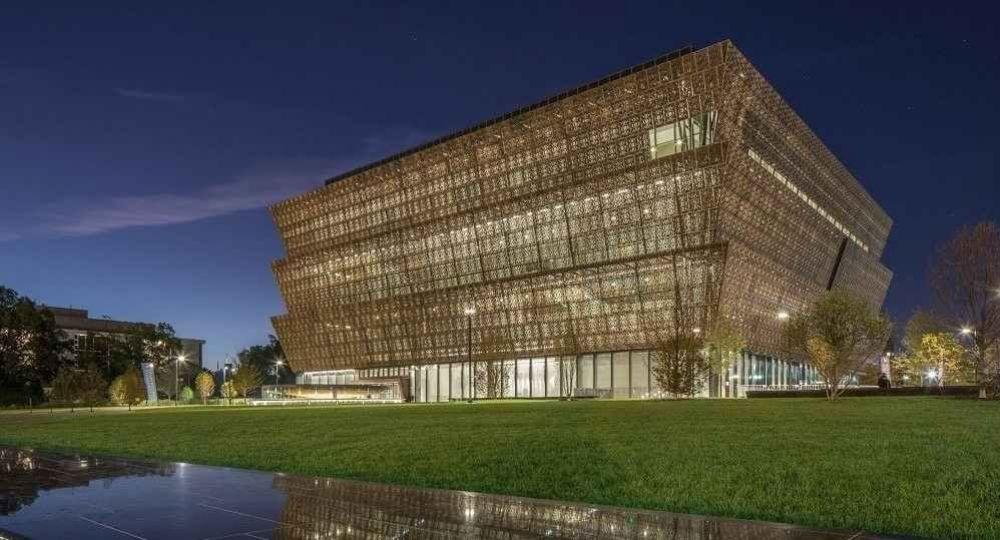El Museo Nacional de Historia y Cultura Afroamericana, de Adjaye, premio Diseño del Año 2017