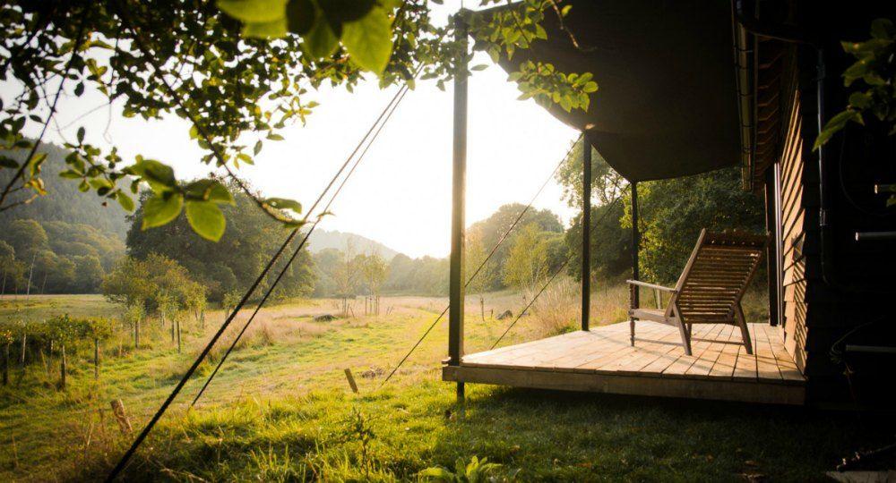Refugio en el bosque. Arquitectura eco-sostenible con madera