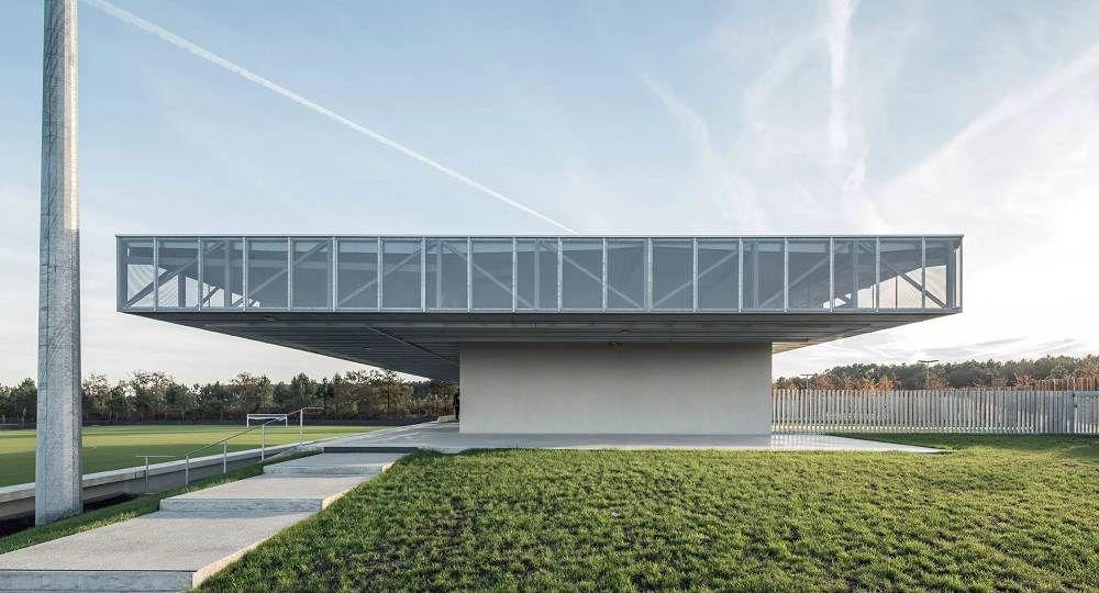 Parque deportivo en Saint-Paul-lès-Dax, de Olgga Architectes y Atelier Cambium