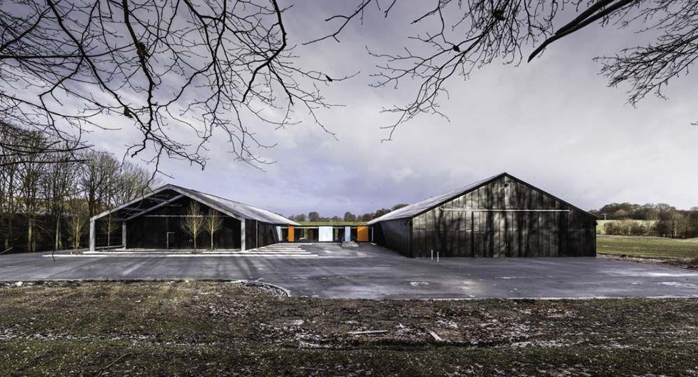 Instalaciones de vanguardia en plena naturaleza. SHH Architecture & Interior Design.