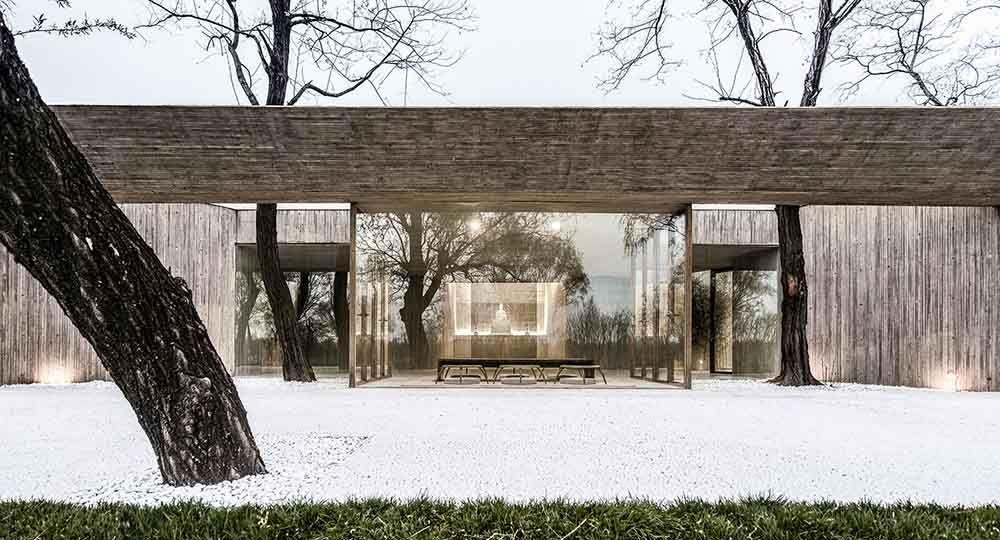 Arquitectura en armonía con la naturaleza. Santuario budista en Tangshan, China. ARCHSTUDIO