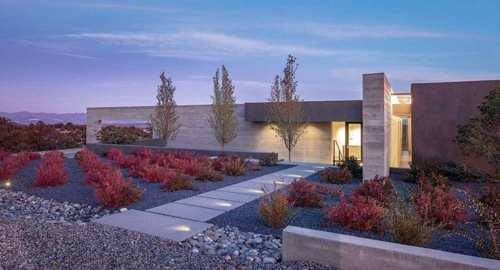 Hormigón, madera y luz: Sundial House de Specht Architects