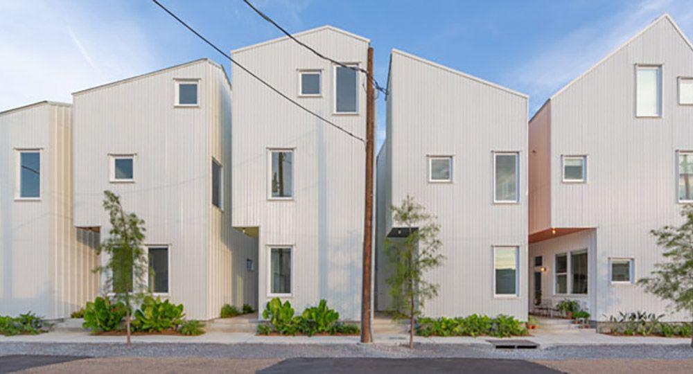 Un nuevo concepto de vivienda unifamiliar en manzana en Nueva Orleans, de OJT architects.