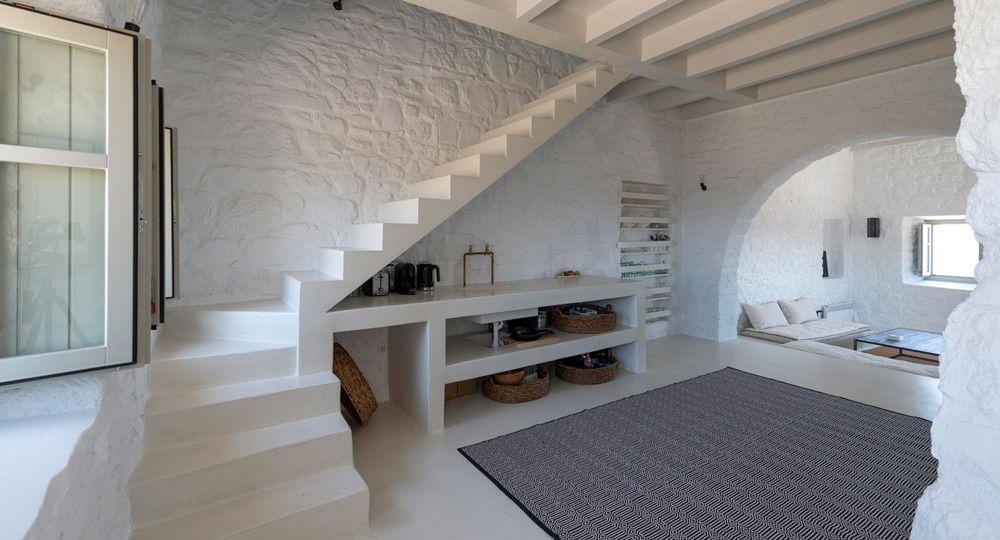 Blanco griego,  residencia para artistas en Isla Nisyros