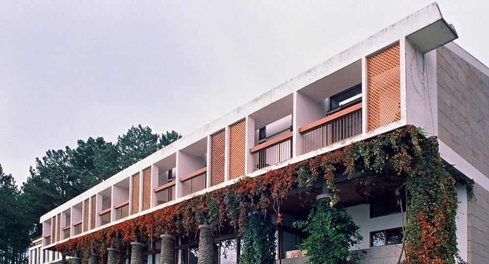 Arquitectura para el turismo: Pousada de Santa Bárbara de Manuel Tainha