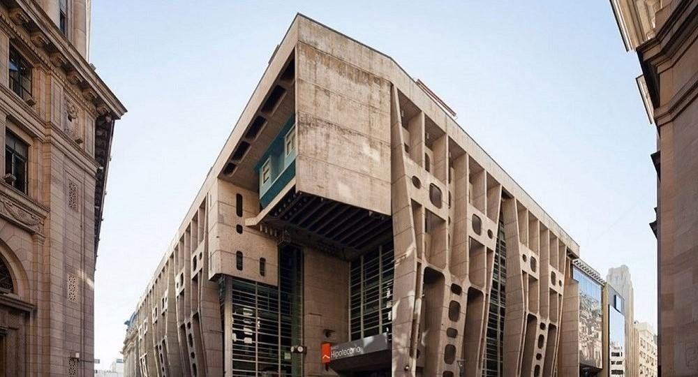Argentina brutalista: la arquitectura escultórica de Clorindo Testa