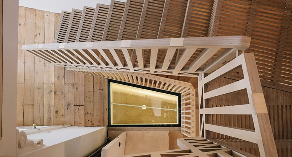 Marie's wardrobe. La madera contrachapada como protagonista de una rehabilitación. Tsuruta Architects