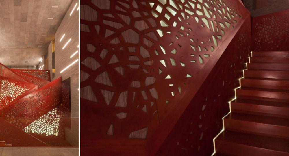 Escalera escultórica en Villa en Mallorca: Studio Mishin y ARUP