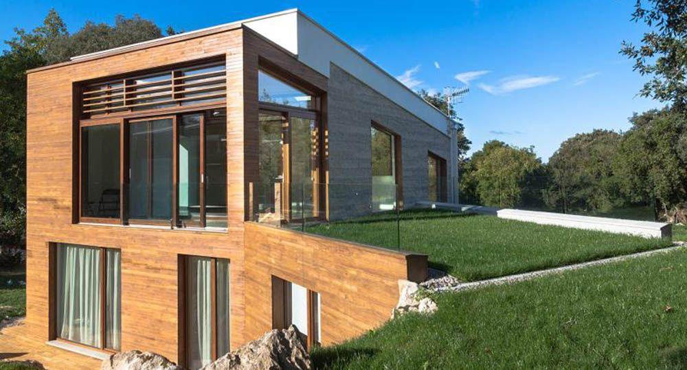 Casa entre encinas, una arquitectura bioclimática